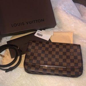Louis Vuitton Hoxton Damier PM